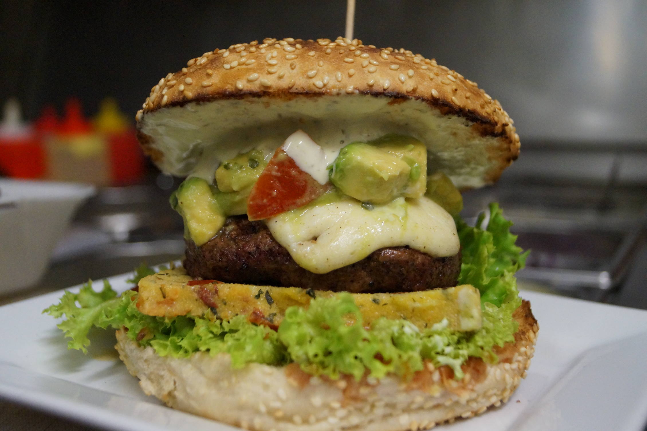 burger vom lavastein burgerie berlin prenzlauer berg. Black Bedroom Furniture Sets. Home Design Ideas